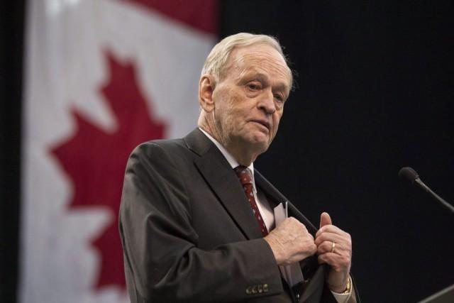 M. Chrétien convient que le terrorisme est un... (PHOTO CHRIS YOUNG, LA PRESSE CANADIENNE)