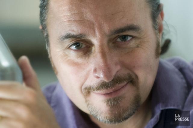 Yves Simoneau réalisera le pilote de la nouvelle... (PHOTO ARCHIVES LA PRESSE)