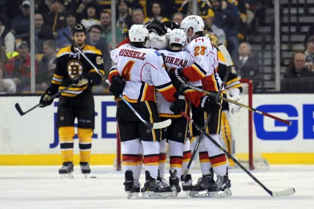 Sean Monahan a marqué le premier but des Flames de Calgary à Boston en plus de... (Photo USA Today Sports)