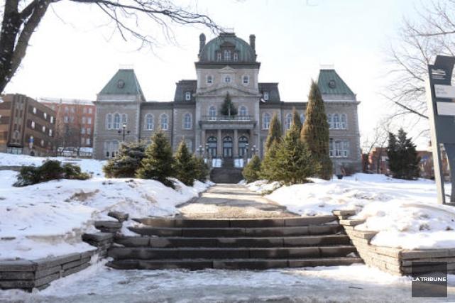 La Ville de Sherbrooke présentera son plan d'optimisation des ressources et des... (Archives La Tribune)