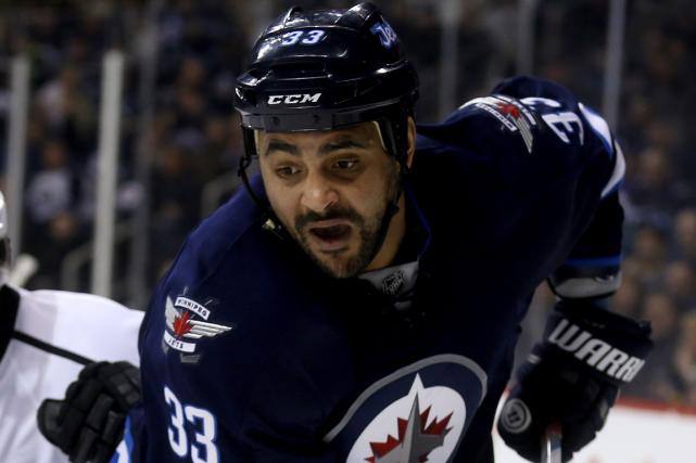 Dustin Byfuglien... (Photo Trevor Hagan, PC)