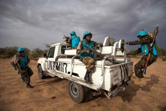 La Minuad subit des pressions croissantes des autorités... (PHOTO ALBERT GONZALEZ FARRAN, ARCHIVES REUTERS)