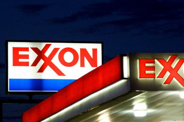 ExxonMobil n'a pas voulu commenter.... (PHOTO KAREN BLEIER, AFP)