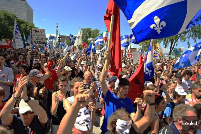 Le mouvement de grève étudiant continue de prendre... (PHOTO PASCAL RATTHÉ, archives LE SOLEIL)