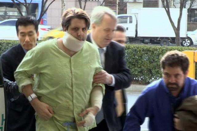 L'ambassadeur Mark Lippert a été agressé au couteau... (Photo Yonhap News TV, Yonhap News Agency, AP)