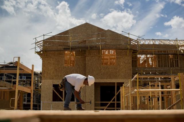 Les ventes de maisons neuves aux États-Unis ont... (PHOTO ARCHIVES BLOOMBERG)