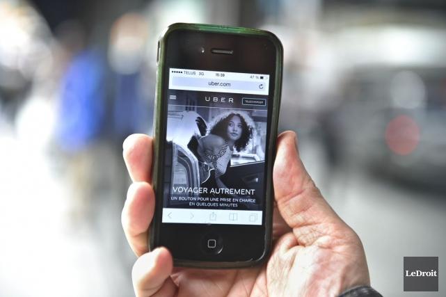 Uber a envoyé un message électronique à ses... (Martin Roy, Archives LeDroit)