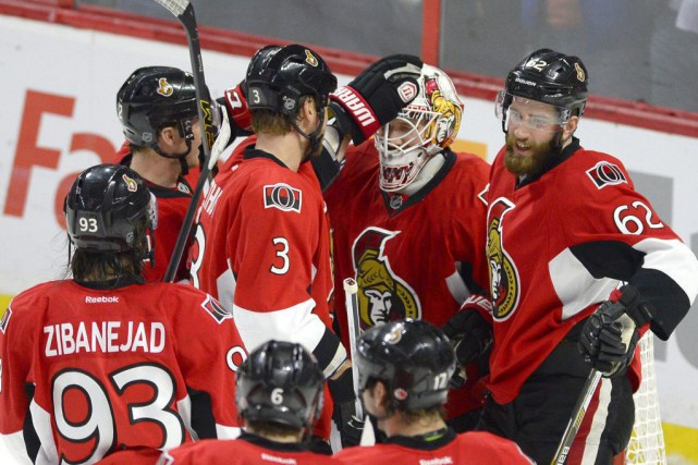 Les Sénateurs tiraient de l'arrière par deux buts... (Justin Tang, La Presse Canadienne)