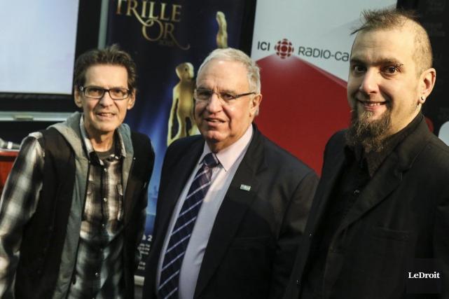 Paul Demers, Denis Vaillancourt, président de l'AFO, et... (Patrick Woodbury, LeDroit)
