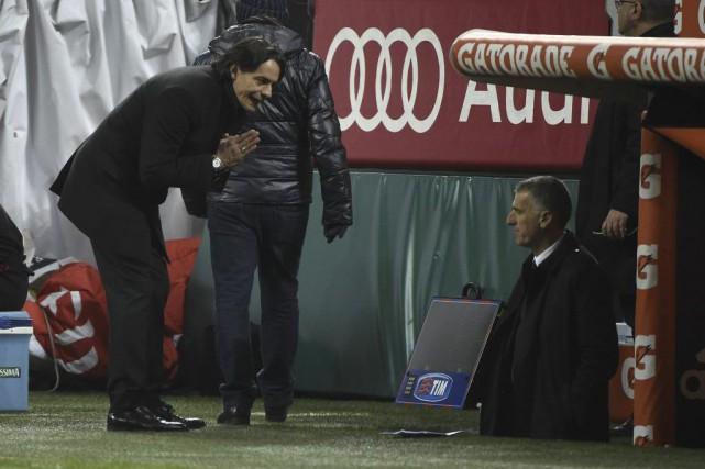 La situation de l'entraîneur Filippo Inzaghi s'aggrave.... (PHOTO OLIVIER MORIN, AFP)