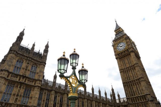 Le Palais de Westminster, reconstruit en style néogothique... (PHOTO MIGUEL MEDINA, AFP)