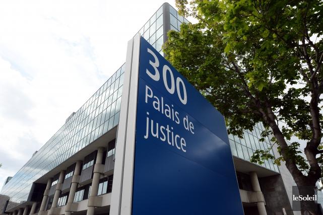 Pour le gouvernement Harper, une peine de prison à vie doit être purgée en... (Archives, Le Soleil)