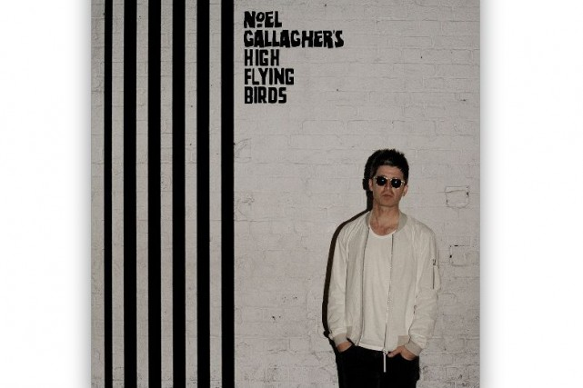 Chasing Yesterday - Noel Gallagher's High Flying Birds...