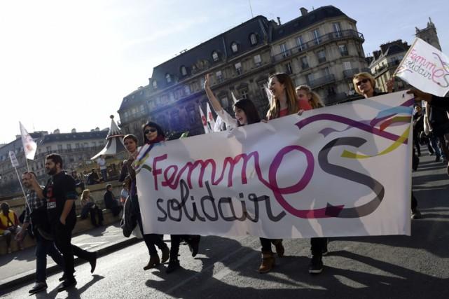 Pour marquer la journée internationale des femmes, entre... (Photo: AFP)