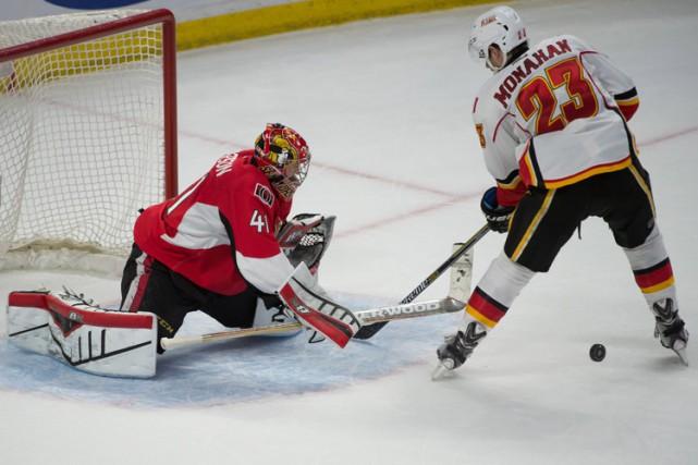 Erik Karlsson a marqué le but de la victoire au sixième tour des tirs de... (Photo: Reuters)