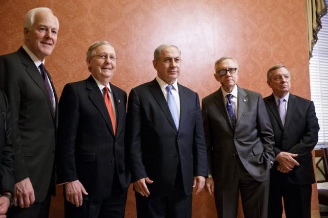 Le premier ministre israélien, Benyamin Nétanyahou (au centre),... (PHOTO J. SCOTT APPLEWHITE, AP)