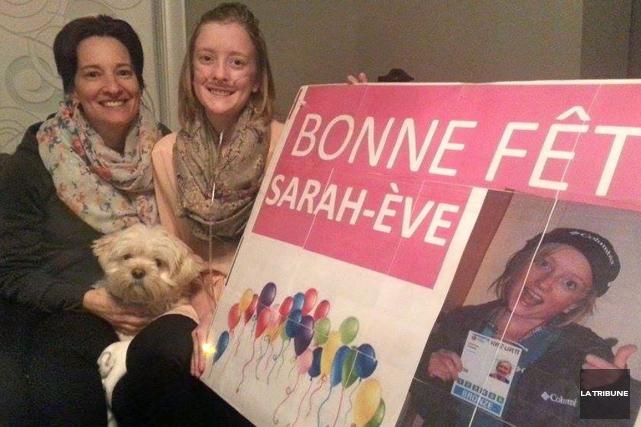 En attente d'une greffe de poumons, Sarah-Ève Fontaine... (La Tribune, Christine Bureau)