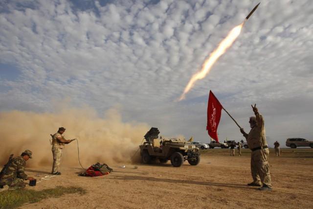 L'armée irakienne et ses alliés, principalement les forces... (PHOTO THAIER AL-SUDANI, REUTERS)