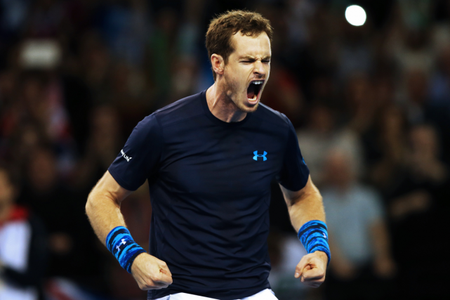 Andy Murray a remporté ses deux matchs de simple... (Photo Ian MacNicol, AFP)