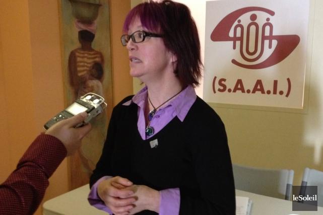 Vicky Brazeau, directrice du Regroupement des organismes communautaires... (Le Soleil, Baptiste Ricard-Chatelain)