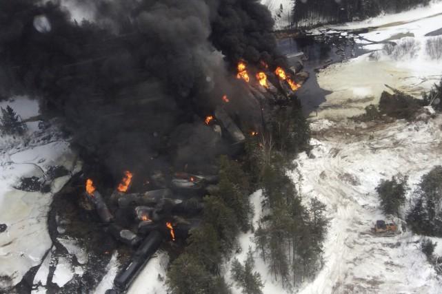 La ministre fédérale des Transports, Lisa Raitt, soutient que son gouvernement... (Photo Reuters)