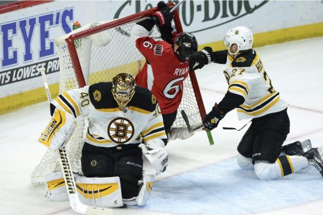 Les Bruins de Boston ont marqué tous leurs buts en deuxième période dans une... (Photo: PC)