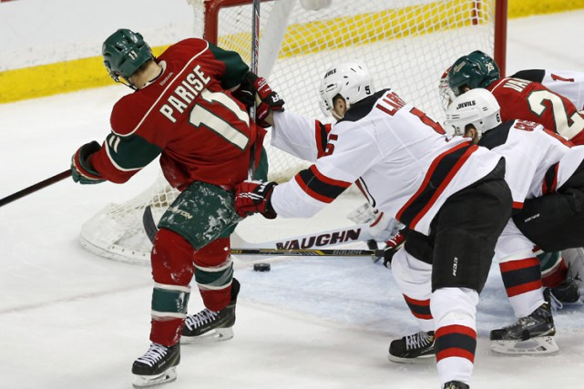 Le Wild du Minnesota a pris les devants 3-0 et a filé vers un gain de 6-2 face... (Photo: AP)