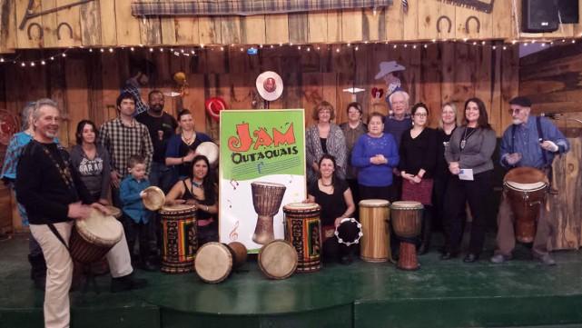 L'équipe de Jam Outaouais a procédé la semaine dernière à la remise d'un don de... (Courtoisie)