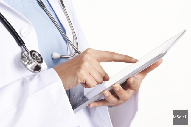La grogne des médecins contre les projets de loi en santé du gouvernement ne... (Photothèque Le Soleil)