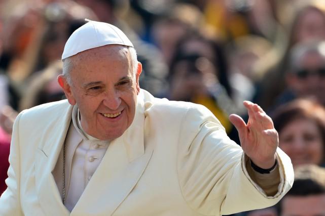 Deux ans après son élection, François, premier pape... (PHOTO VINCENZO PINTO, AFP)