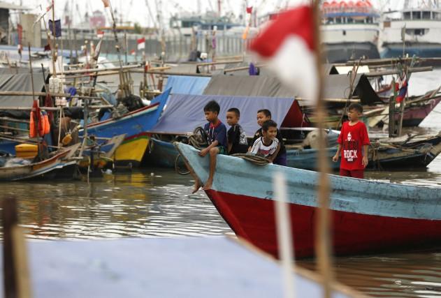 Plusieurs milliers d'Indonésiens, dont de nombreux civils, sont... (Photo Darren Whiteside, ARCHIVES REUTERS)
