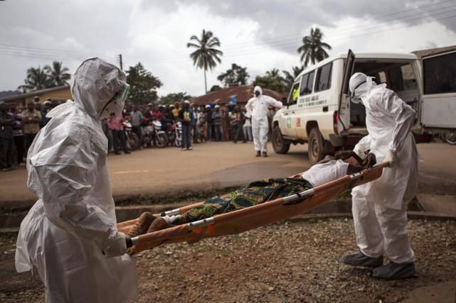 Quelque 9900 personnes sont mortes en Sierra Leone,... (Photo Tanya Bindra, Archives AP)