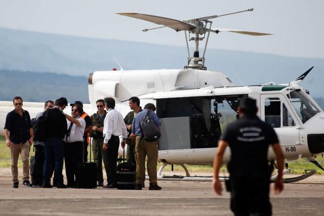 Aux côtés des enquêteurs locaux, les enquêteurs duBEAdoivent... (Photo: AFP)