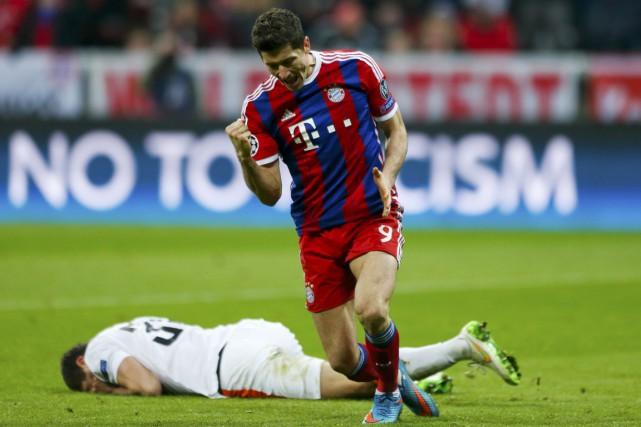 Malheureux depuis le début du match, Lewandowski (photo)... (Photo Reuters)