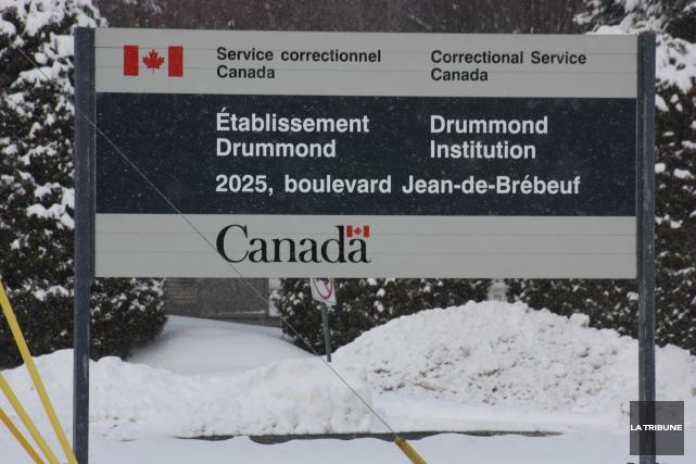 Les policiers de la Sûreté du Québec ont finalement intercepté deux individus,... (Archives La Tribune)