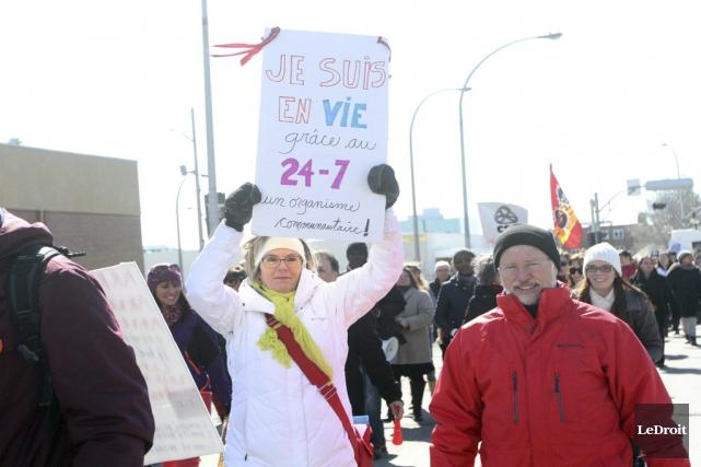 Plusieurs manifestants ont dénoncé non seulement le «démantèlement»... (Étienne Ranger, Le Droit)
