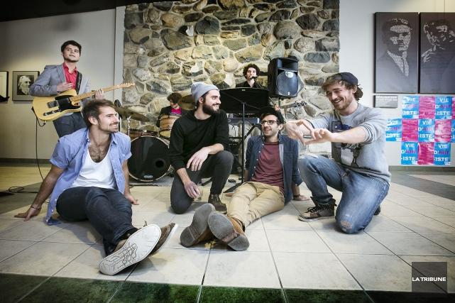 Les musiciens de MisteurValaireFrançois-Simon Déziel, Thomas Hébert, Louis-Pierre... (Imacom, Jocelyn Riendeau)