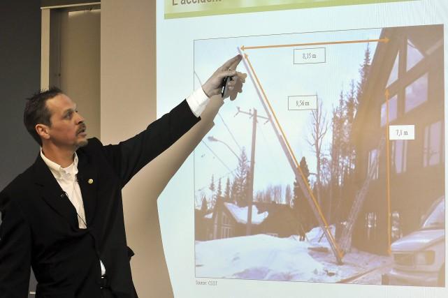 Inspecteur responsable de l'enquête, Frédéric Potvin a présenté... ((Photo Rocket Lavoie))