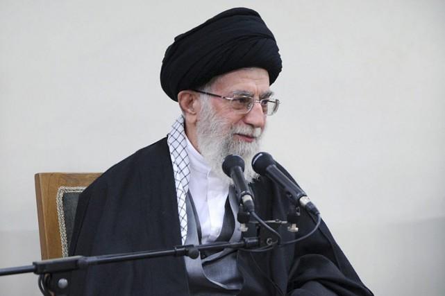 L'ayatollah Ali Khamenei... (PHOTO AP/GOUVERNEMENT IRANIEN)