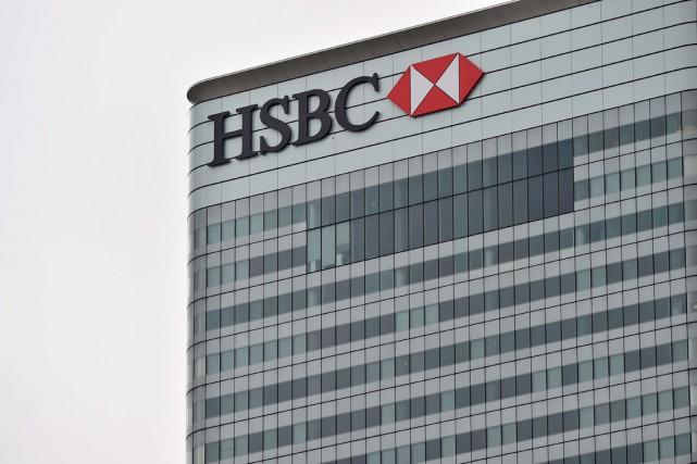 Le holding du géant britannique de la banque HSBC a été mise en examen à Paris... (PHOTO BEN STANSALL, ARCHIVES AFP)