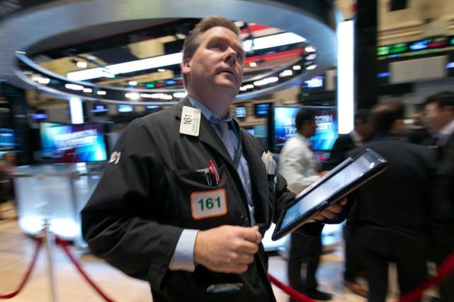 Désormais, Wall Street avance un peu malgré «des... (PHOTO RICHARD DREW, AP)