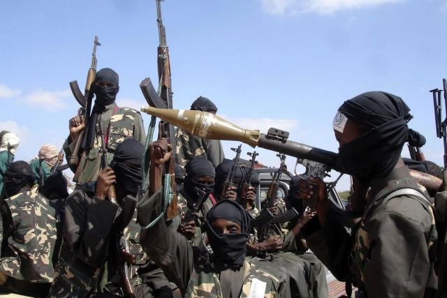 Les shebab, à la tête d'une insurrection armée... (PHOTO FARAH ABDI WARSAMEH, ARCHIVES AP)