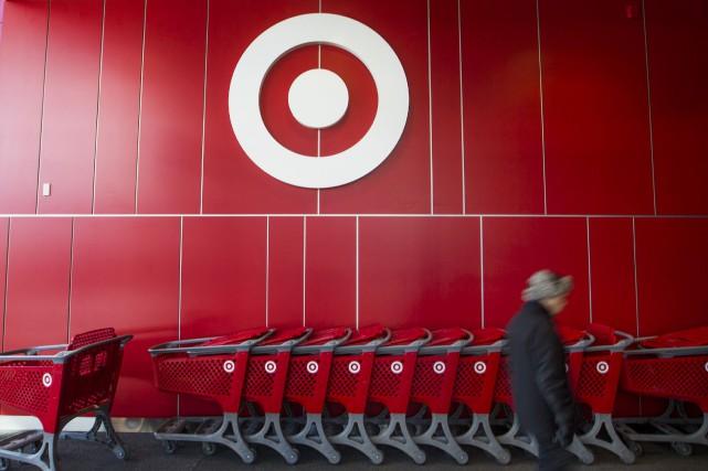 Target Canada a annoncé la fermeture de 16 de ses magasins la semaine... (PHOTO MARK BLINCH, ARCHIVES REUTERS)