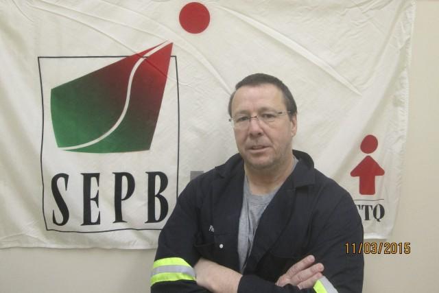 Le président du syndicat des employés de bureau de la papetière d'Alma, Pierre... (Courtoisie)