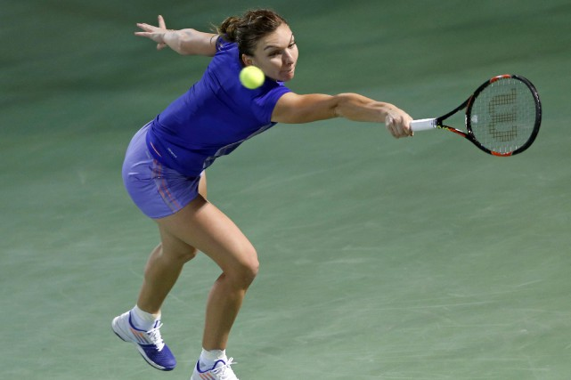 Simona Halep... (PHOTO ARCHIVES REUTERS)