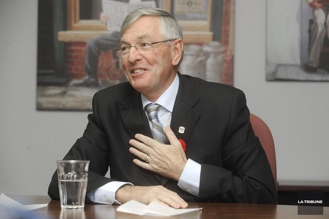 L'ex-maire de Sherbrooke Jean Perrault a été nommé à la présidence d'un groupe... (Archives, La Tribune)