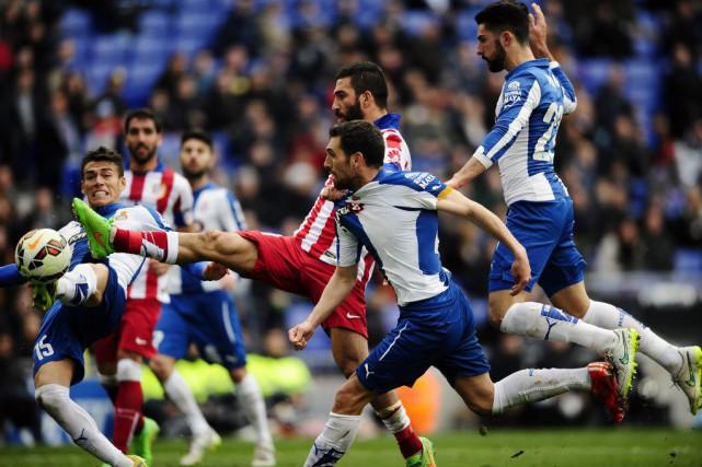 Le champion d'Espagne en titre fait du surplace... (Photo Manu Fernandez, AP)