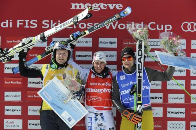 De gauche à droite: Brady Leman, Jean-Frederic Chapuis... (PHOTO JEAN-PIERRE CLATOT, AFP)