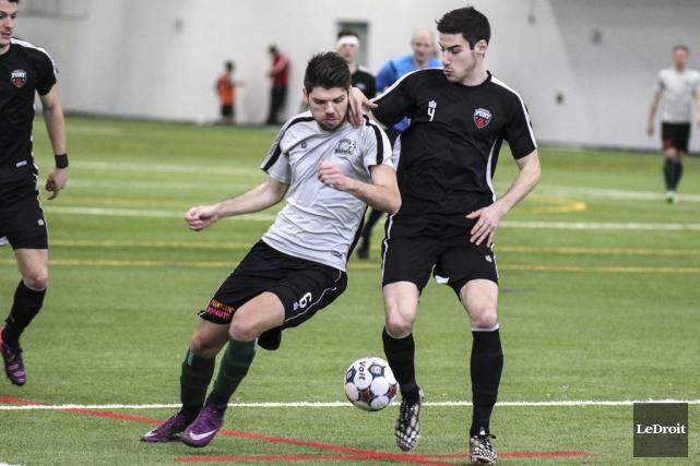 Le Fury d'Ottawa a bien joué défensivement vendredi.... (Patrick Woodbury, LeDroit)
