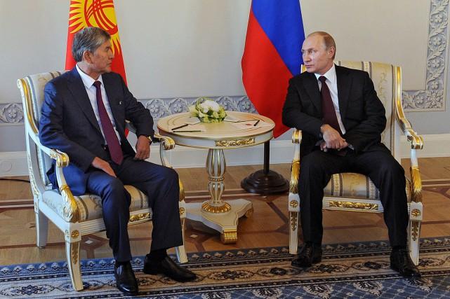 Omniprésent de coutume dans les médias, le président... (PHOTO MIKHAIL KLIMENTYEV, AGENCE FRANCE PRESSE)
